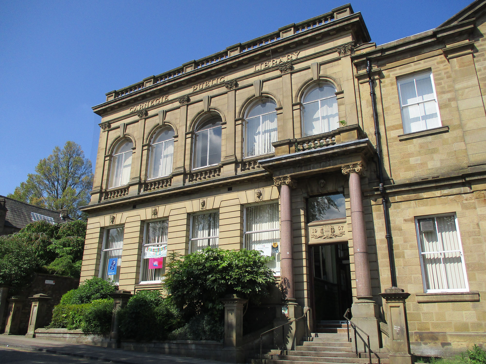 2.-ACCRINGTON-LIBRARY-FUNDED-BY-ANDREW-CARNEGIE-AND-OPENED-IN-1908.-PHOTO-CREDIT-LANCASHIRE-COUNTY-LIBRARIES